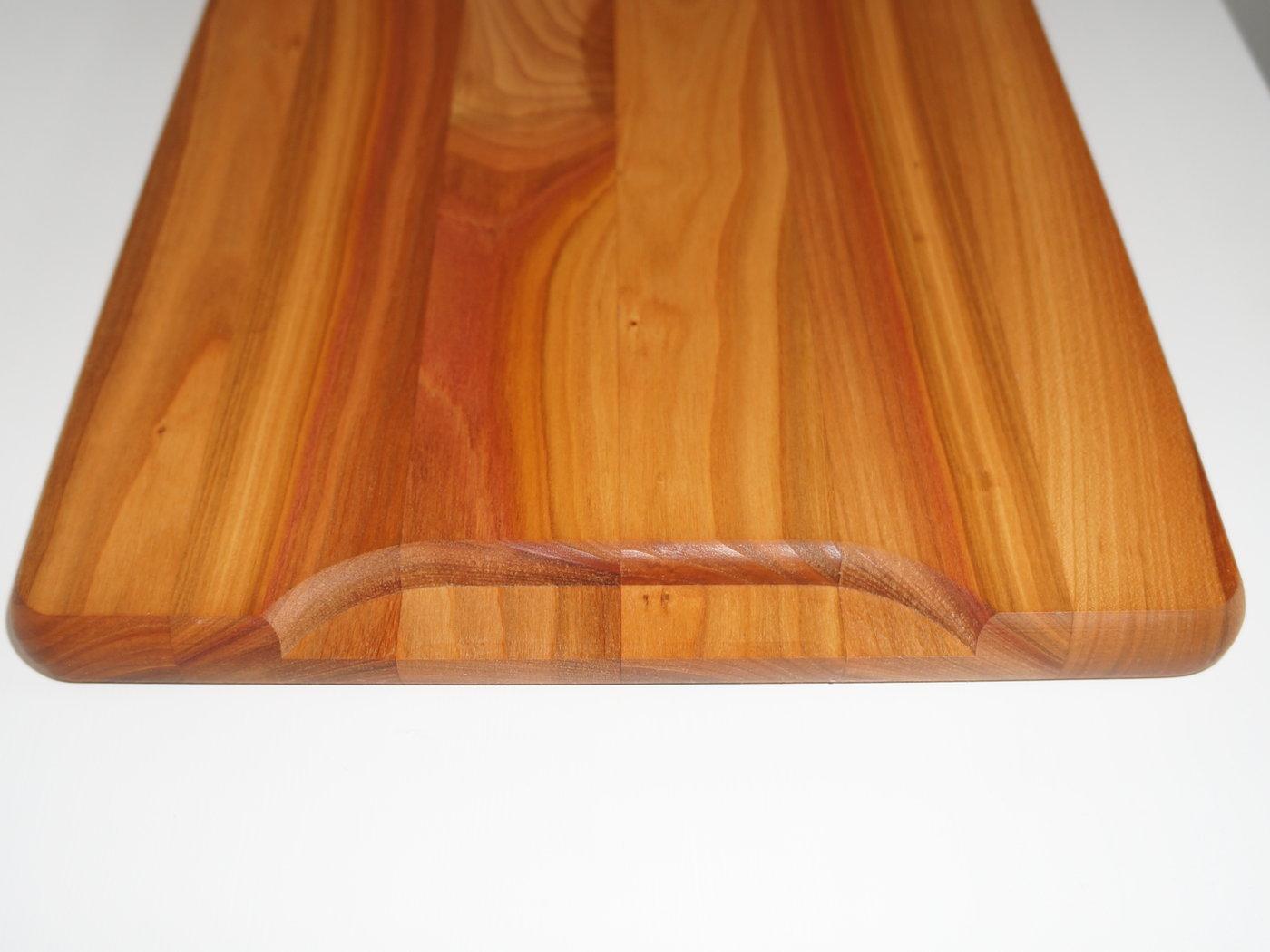 schneidebrett aus kirschbaumholz von freudinge made in germany. Black Bedroom Furniture Sets. Home Design Ideas
